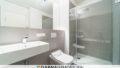 Bad mit Badewanne und Dusche | Voltairestraße 11, 10179 Berlin