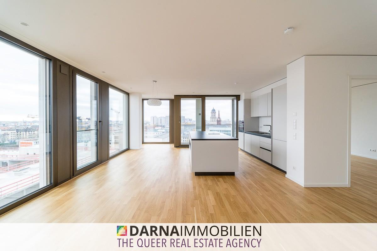 Die Kücheninsel im Wohnzimmer mit toller Aussicht